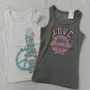 Set of two tank tops